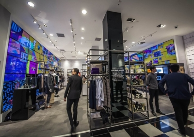 Bloomingdale's pop-up shop goes digital