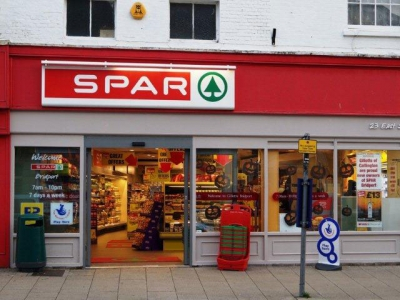 Spar adds payments and loyalty app