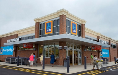 Aldi makes first foray online