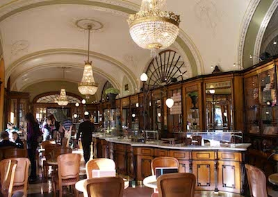Case study: Hungarian café rolls out electronic payment