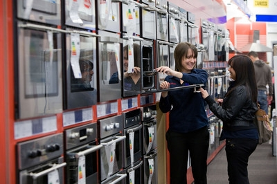 Currys & PC World unveil revamped superstore