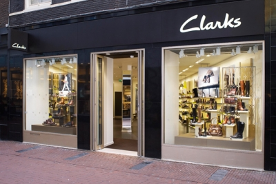 Clarks implements in-store scanning app