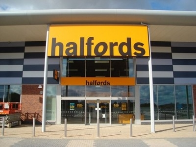 Halfords lights up sales