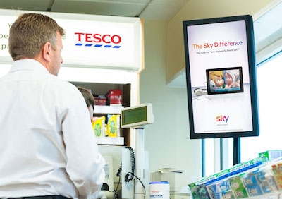Tesco petrol stations get digital signage