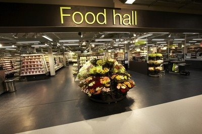 Marks & Spencer reports on contactless roll-out