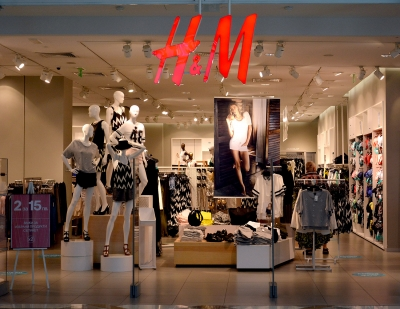 H&M offers flexible payments