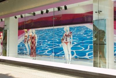 Debenhams illuminates flagship store